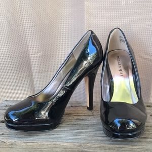Madden Girl Black Patent Leather Pumps